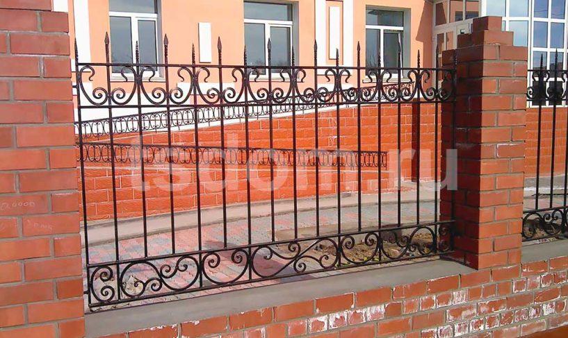 Установленный кованный сварной забор от Техстройдом